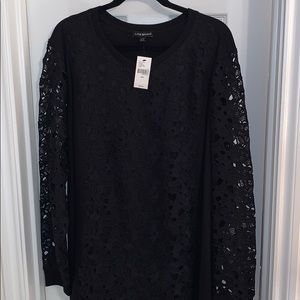 LB long sleeve light sweater